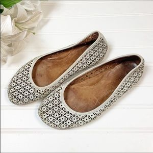 Gentle Souls By Kenneth Cole Leather Flats 7.5